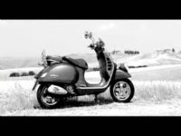 Video de Vespa LXV